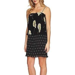 1. State NWT Black Floral Pleated Dress